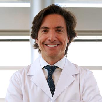 Dr. Javier Sendra.